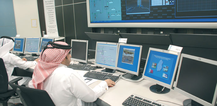Students at the College of the North Atlantic Qatar undergoing virtual refinery training.